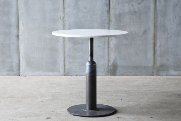 Apollo - a café table in marble, teak or oak by Heerenhuis