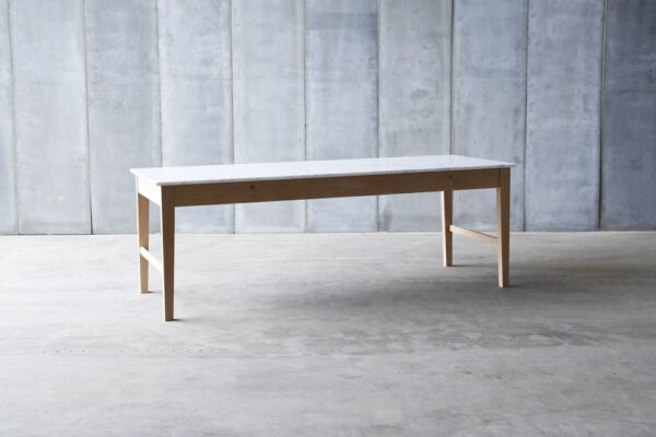 Finisterre Marble table - made to measure by Heerenhuis