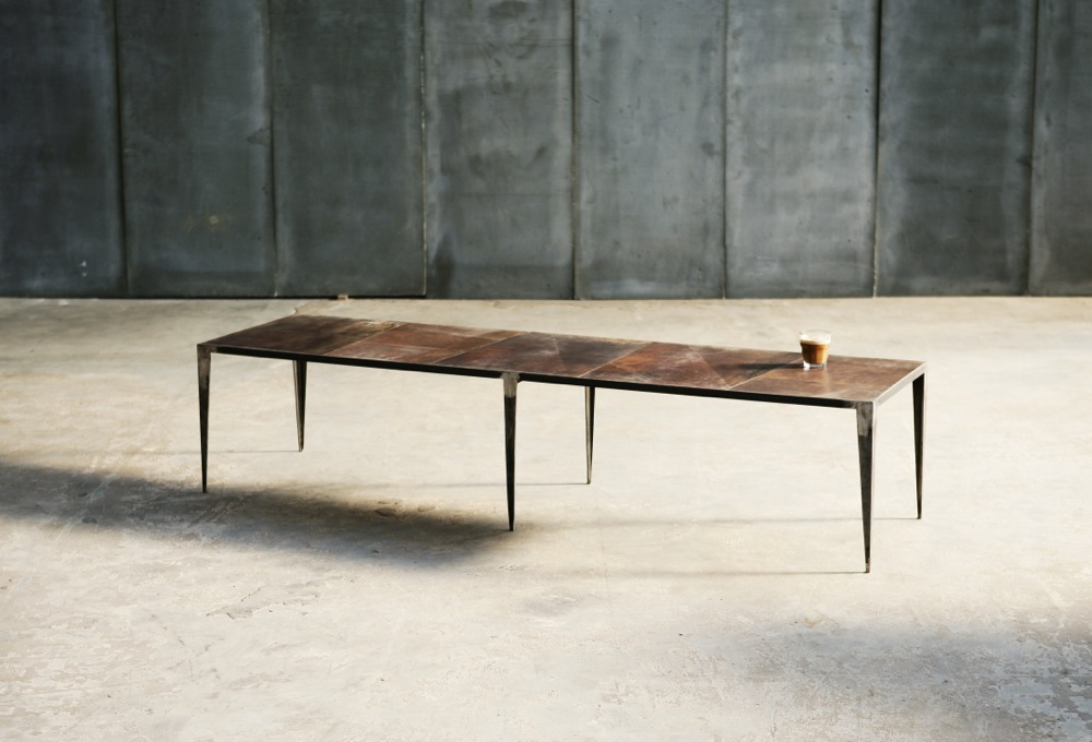 shrp leather coffee table made to measure by heerenhuis different like a zoo. Black Bedroom Furniture Sets. Home Design Ideas