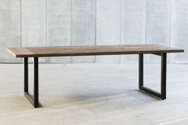 Tube II table in reclaimed laminated teak by Heerenhuis