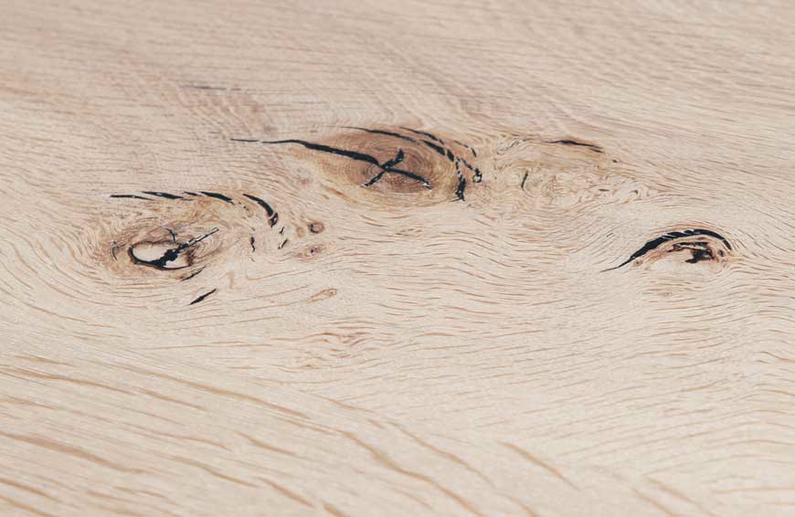 detail of table in French oak by Heerenhuis