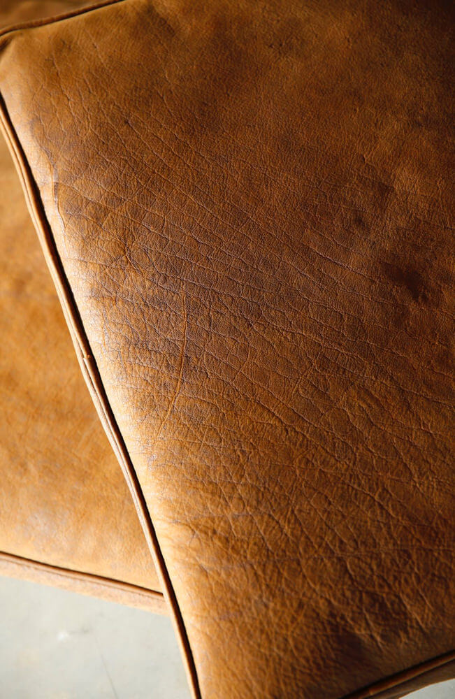 Cargo armchair by Heerenhuis – detail leather
