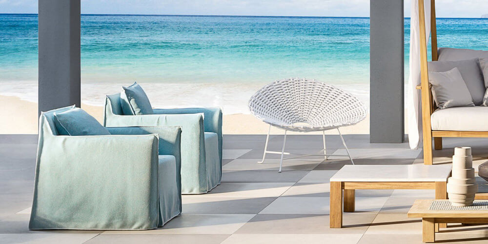 Ghost 05 armchair: a one seater designed by Paola Navone for Gervasoni