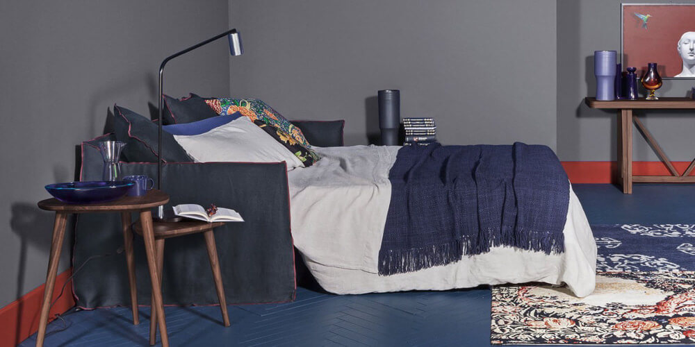 Ghost 15:  a king sofabed designed by Paola Navone for Gervasoni