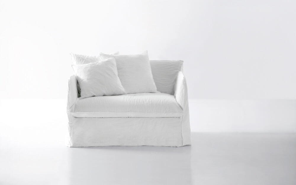 Ghost 11:  a loveseat / single sofabed designed by Paola Navone for Gervasoni