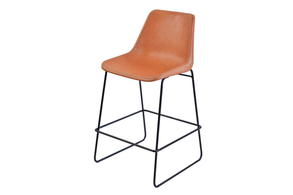 Giron bar stool in natural leather by Sol & Luna