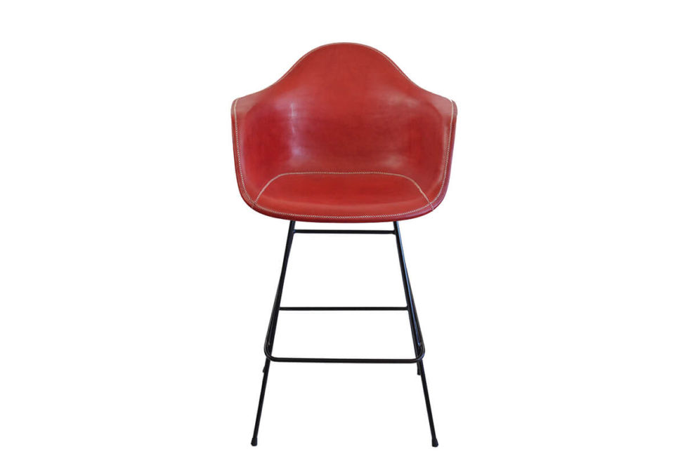 Beto bar stool in red leather by Sol & Luna