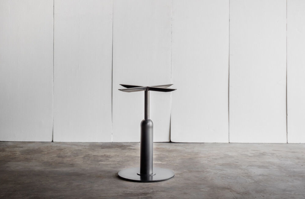 Apollo café table – made to measure by Heerenhuis