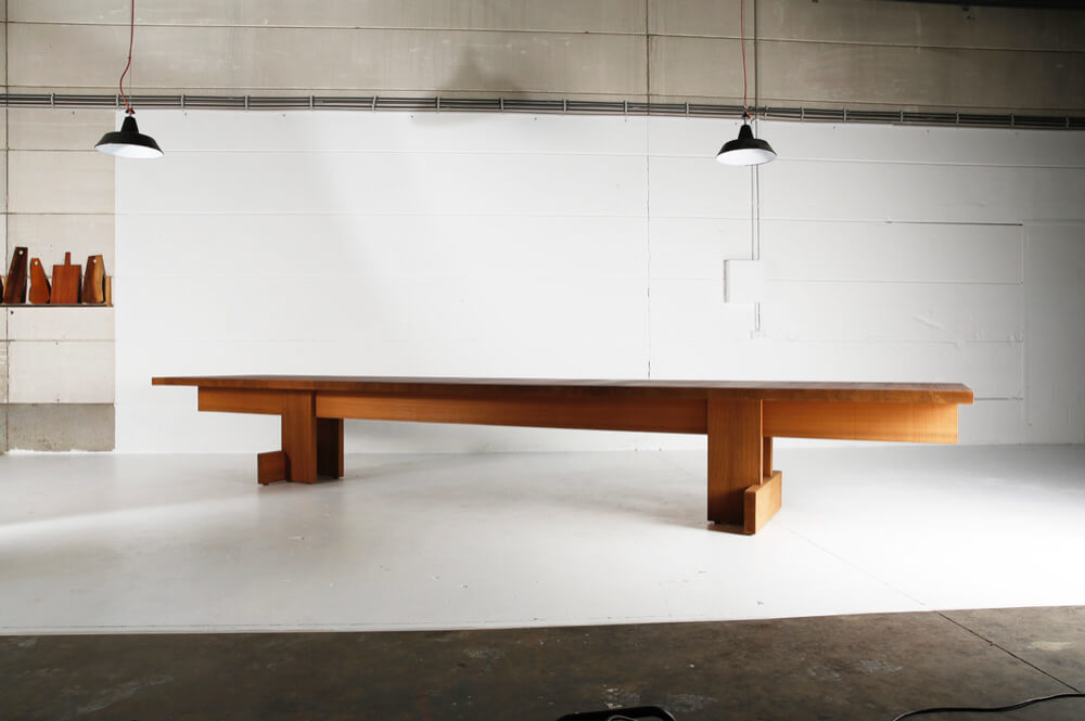 Kombinat table for indoors/outdoors made in African Ayous by Heerenhuis