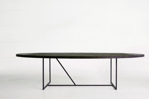 Mesa OV - a table in reclaimed teak by Heerenhuis