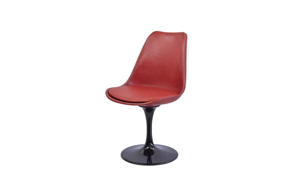 Revolving dining chair in red leather (with black swivel base) by Sol & Luna