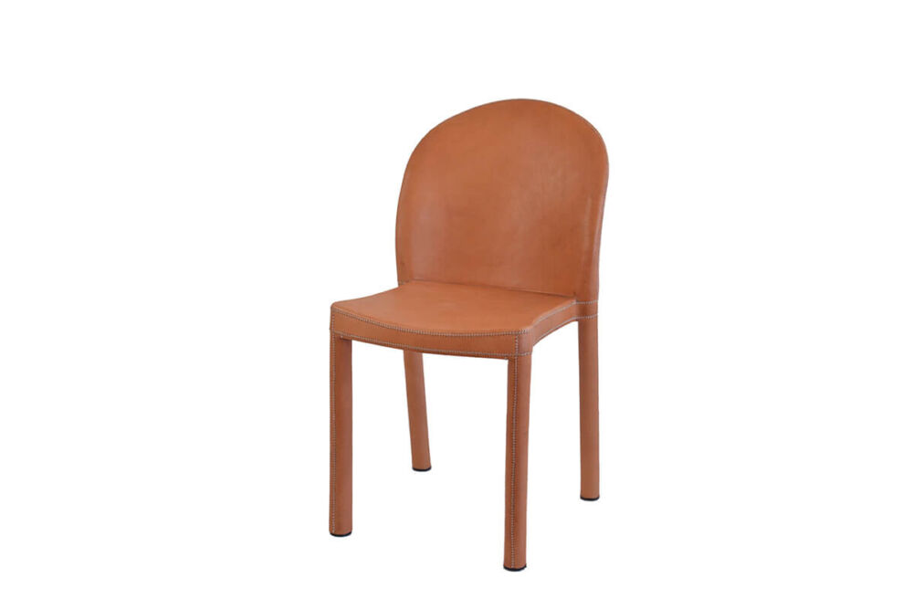 Round chair in natural leather by Sol & Luna