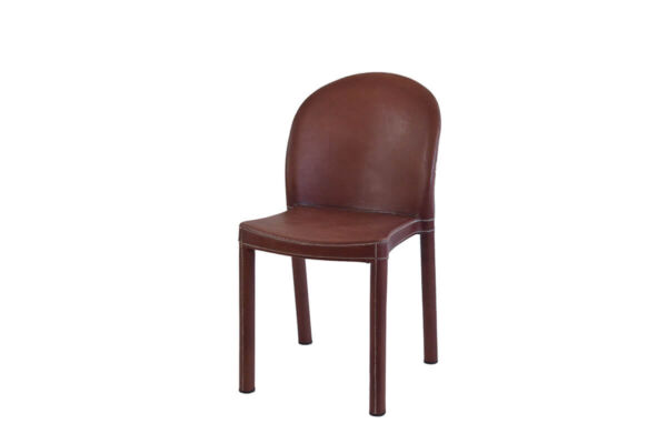 Round chair in brown leather