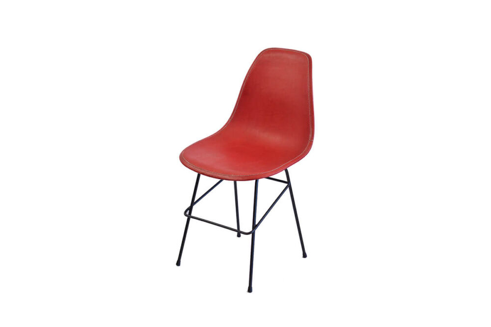 Beto chair in red leather by Sol & Luna