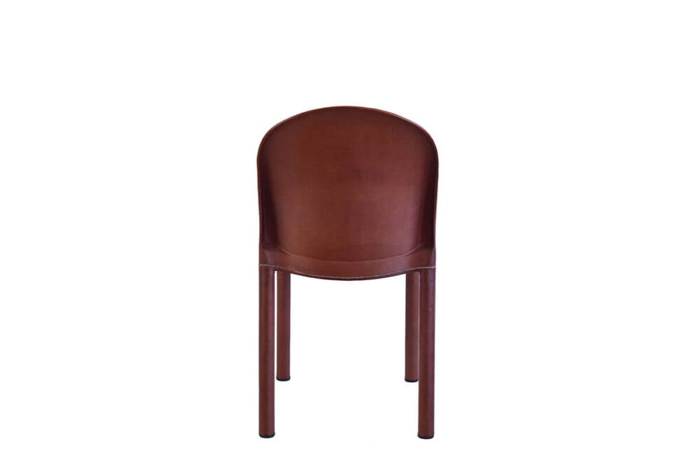 Round chair in brown leather by Sol & Luna