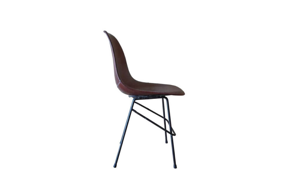 Beto chair in brown leather by Sol & Luna