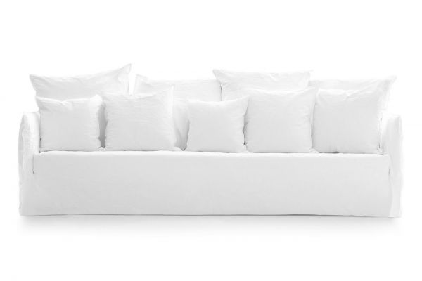 Ghost 114 sofa - a deep five seater by Gervasoni